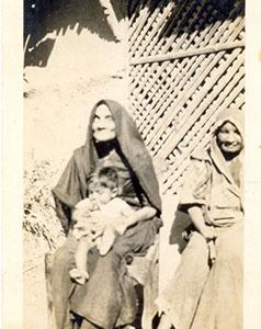 Family-photo-india/thumb/Ranaji_s-Indian-Wife-thumb.jpg