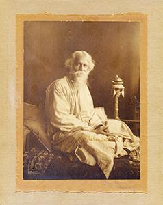 Madam-Bhikhaiji-Cama-Pandit-Shyamji/thumb/Rabindranath-Tagore-with-his-own-signature-.jpg