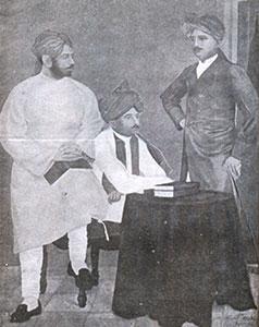 Madam-Bhikhaiji-Cama-Pandit-Shyamji/thumb/Shri-Kalapi-and-Shri-Vajsur-Vala-Lathi.jpg