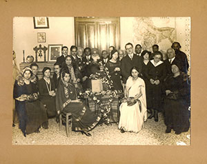 Prominent-Degnitaries/Group-Photograph-probably-at-residence-of-S.K.Varma/thumb/scan0001-thumb.jpg