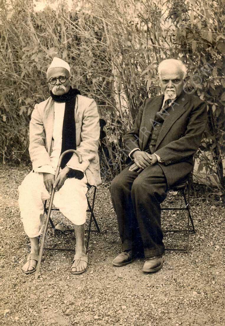 Prominent-Degnitaries/Ranaji-with-Senapati-Bapat-at-Limbdi-1947-48/scan0001Ed.jpg