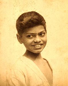 Ranajitsinh-Elder-Son-of-Ranaji/thumb/scan0075.jpg